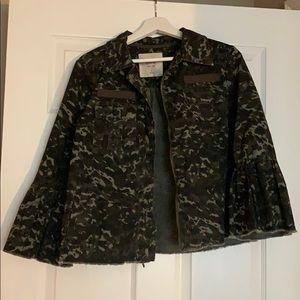 Cropped camp print jacket